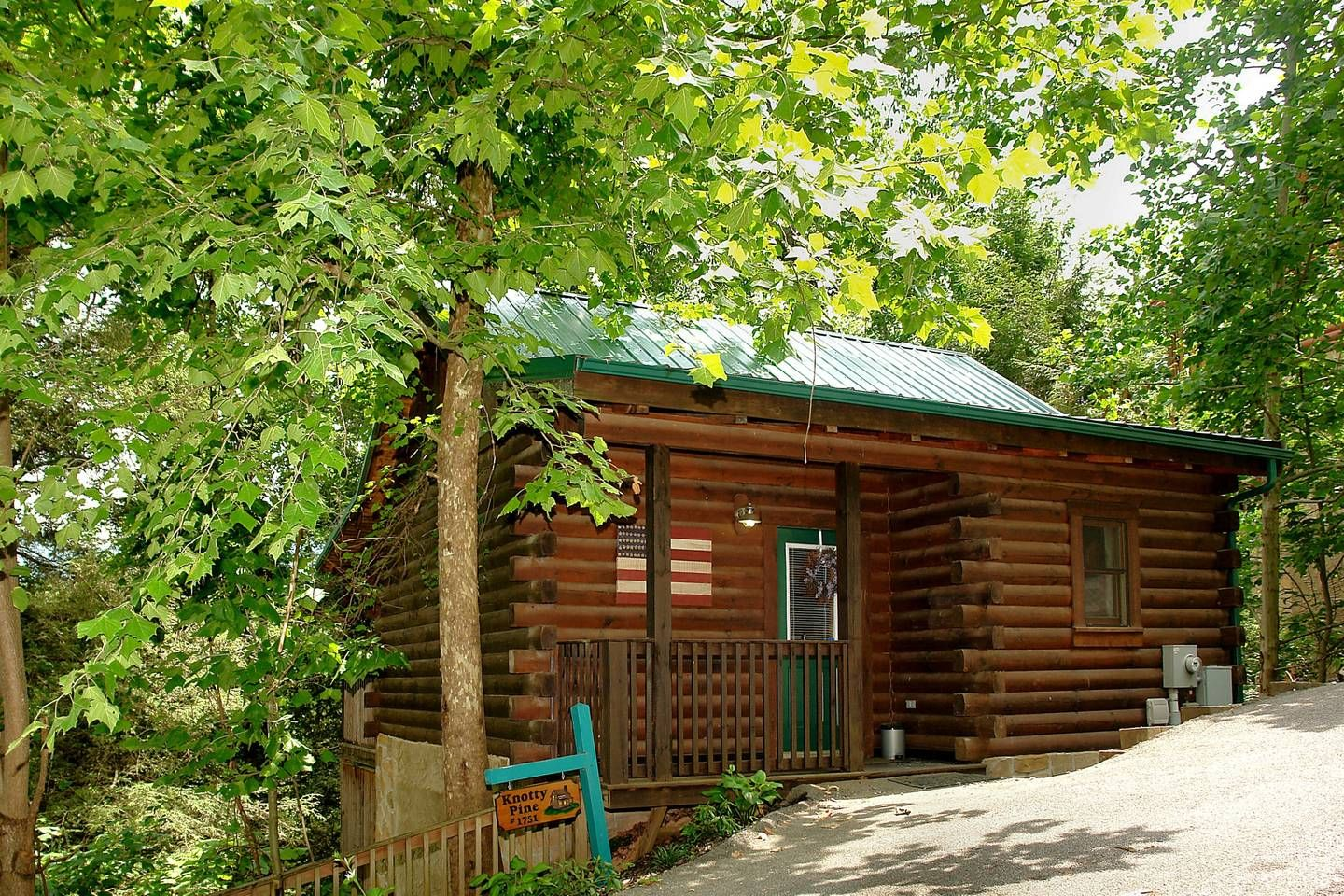 Knotty Pine - Perfect vacation retreat - Cabins for Rent ...
