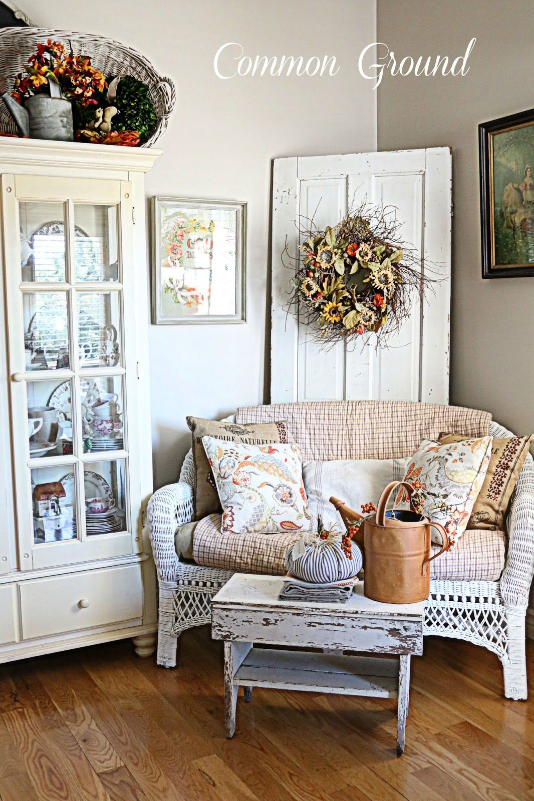 Kitchen Sitting Rooms Designs: Kitchen Sitting Area Dressed For Fall