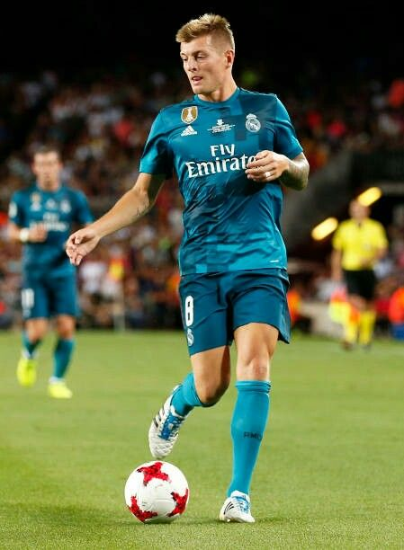 Toni Kroos Real Madrid Real Madrid Football Real Madrid Football Club Toni Kroos