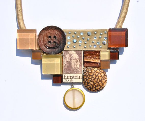 Statement necklace beige/brown with medaillon di comivishop