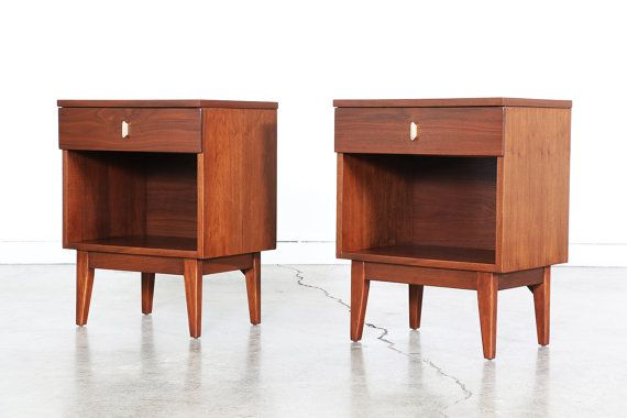 """PLEASE READ ENTIRE LISTING BEFORE PURCHASING!  Mid Century Walnut Night Stands w/ Single Drawers  Dimensions: 25.25""""H x 20""""W x 14.25""""D"""