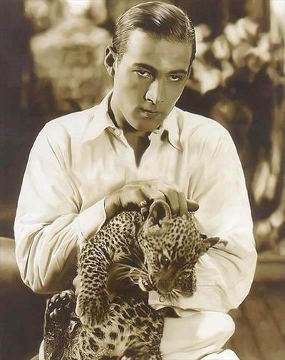 Rudolph Valentino with a baby leopard, 1922