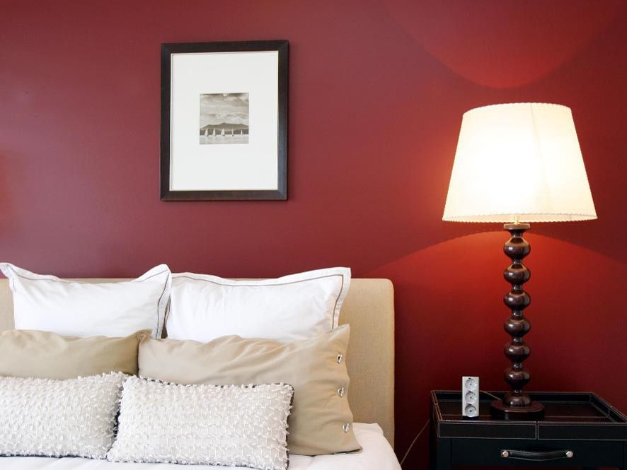 Red Feature Wall Bedroom Ideas Part - 18: Decorating-A-Bedroom-With-Red-Walls-With-Simple-