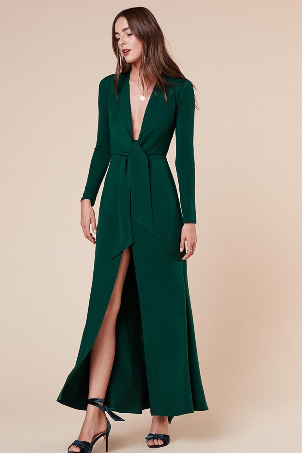 12 Chic And Warm Dresses To Wear A Winter Wedding