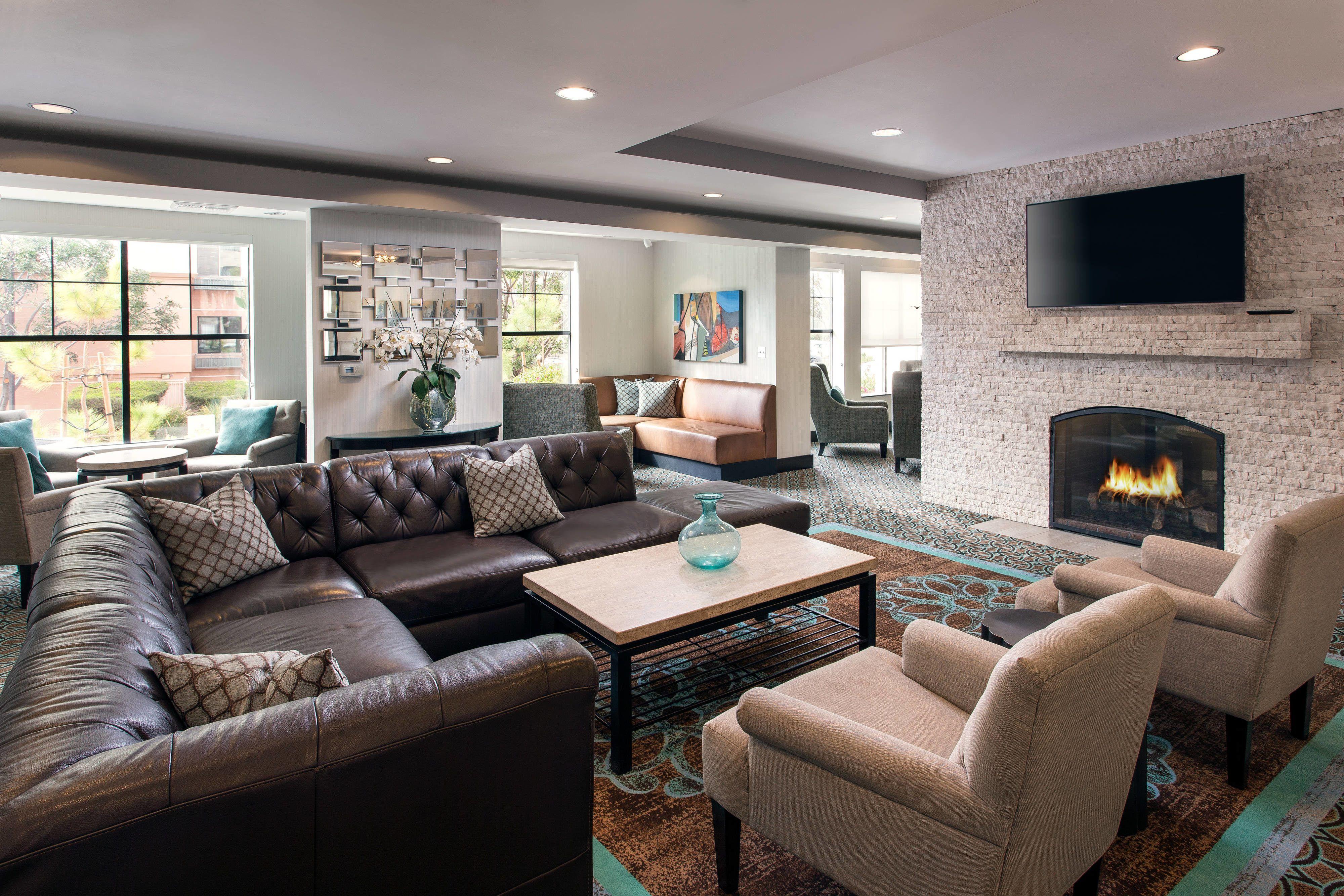 Residence inn san diego del mar lobby lounge area