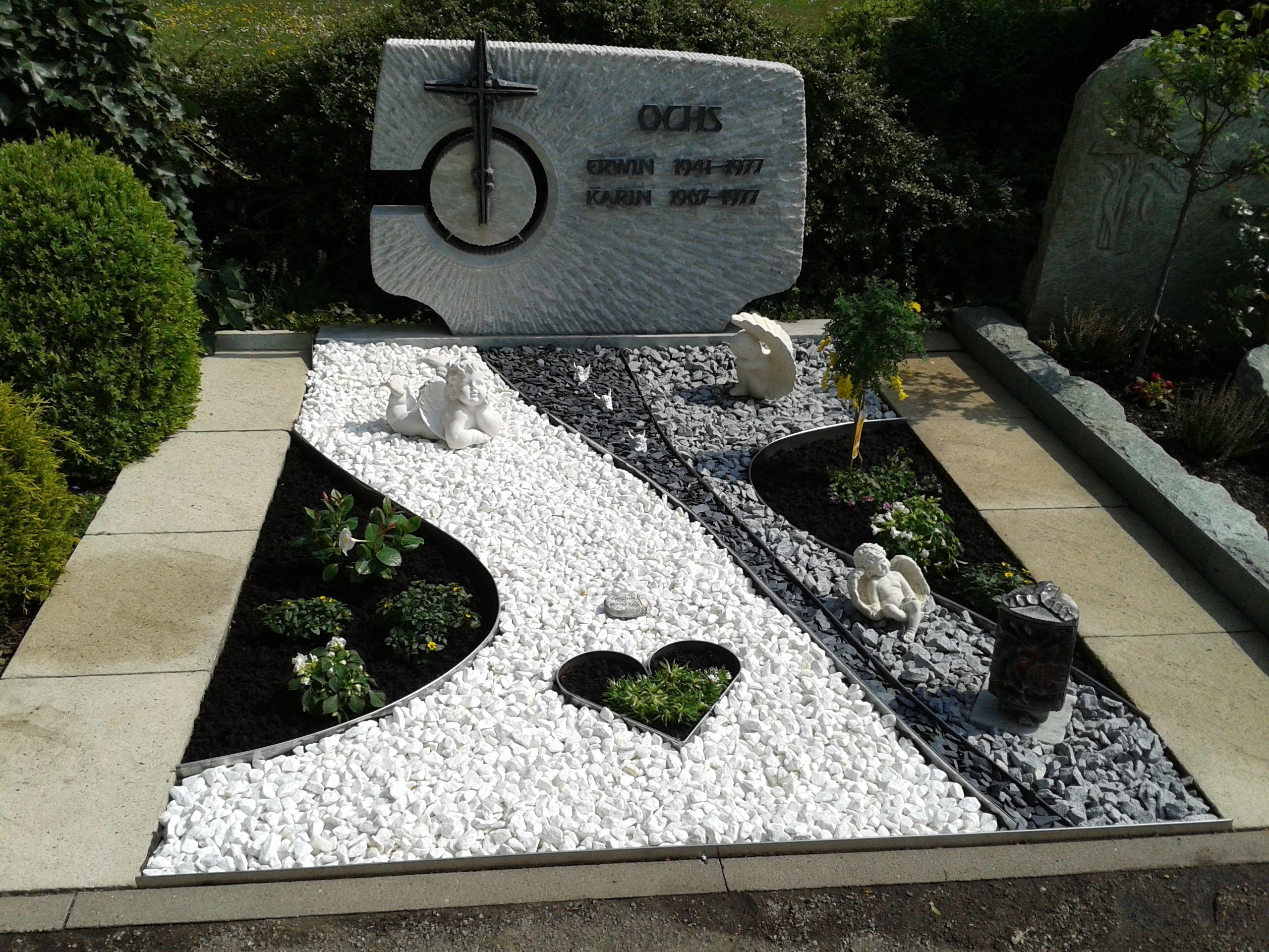 Grab gestalten gr ber gestalten grabgestaltung for Grabgestaltung mit steinen