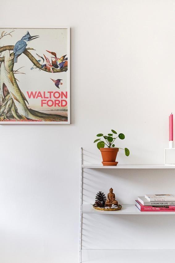 Wohnzimmer Mit String Regal Und Pilea: So Schön Lässt Sich Der  Design Klassiker In Weiß Dekorieren. Entdecke Noch Mehr Wohnideen Auf  COUCHstyle #u2026