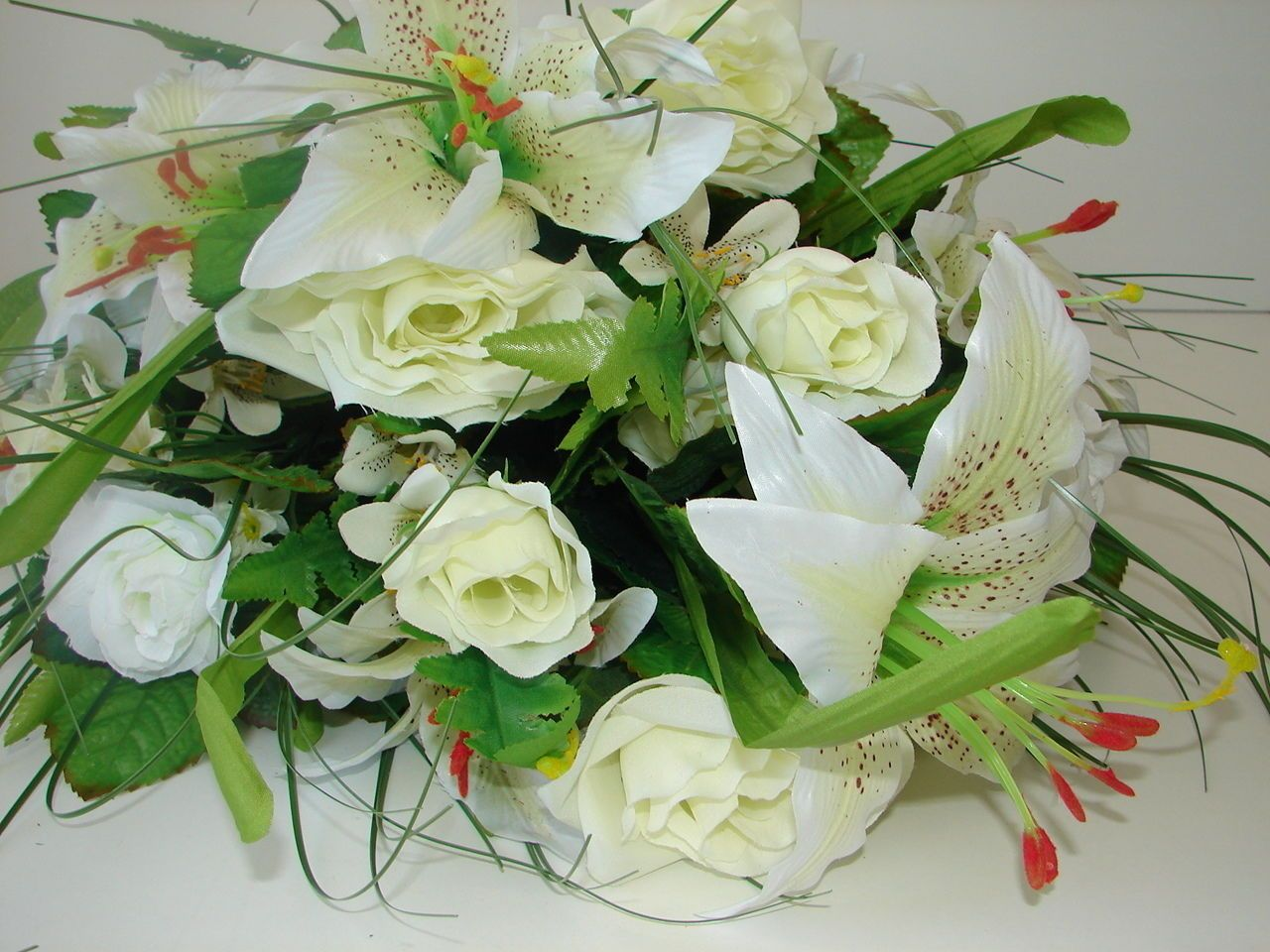 Blumenstrau Xxl Lilien Rosen Gr N Wei 70cm Neu In Ovp