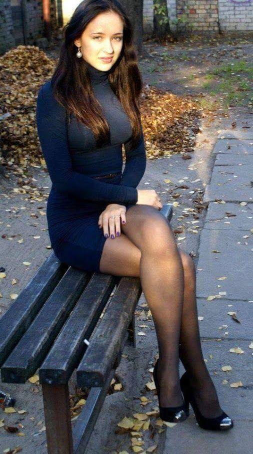Mujeres con vestidos cortos facebook