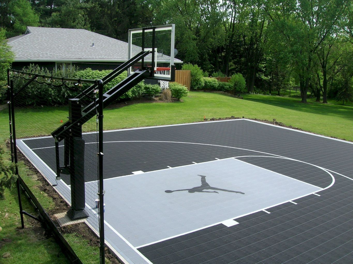 22 Genius Concepts Of How To Makeover Backyard Sport Court Ideas Simphome Basketball Court Backyard Home Basketball Court Backyard Basketball