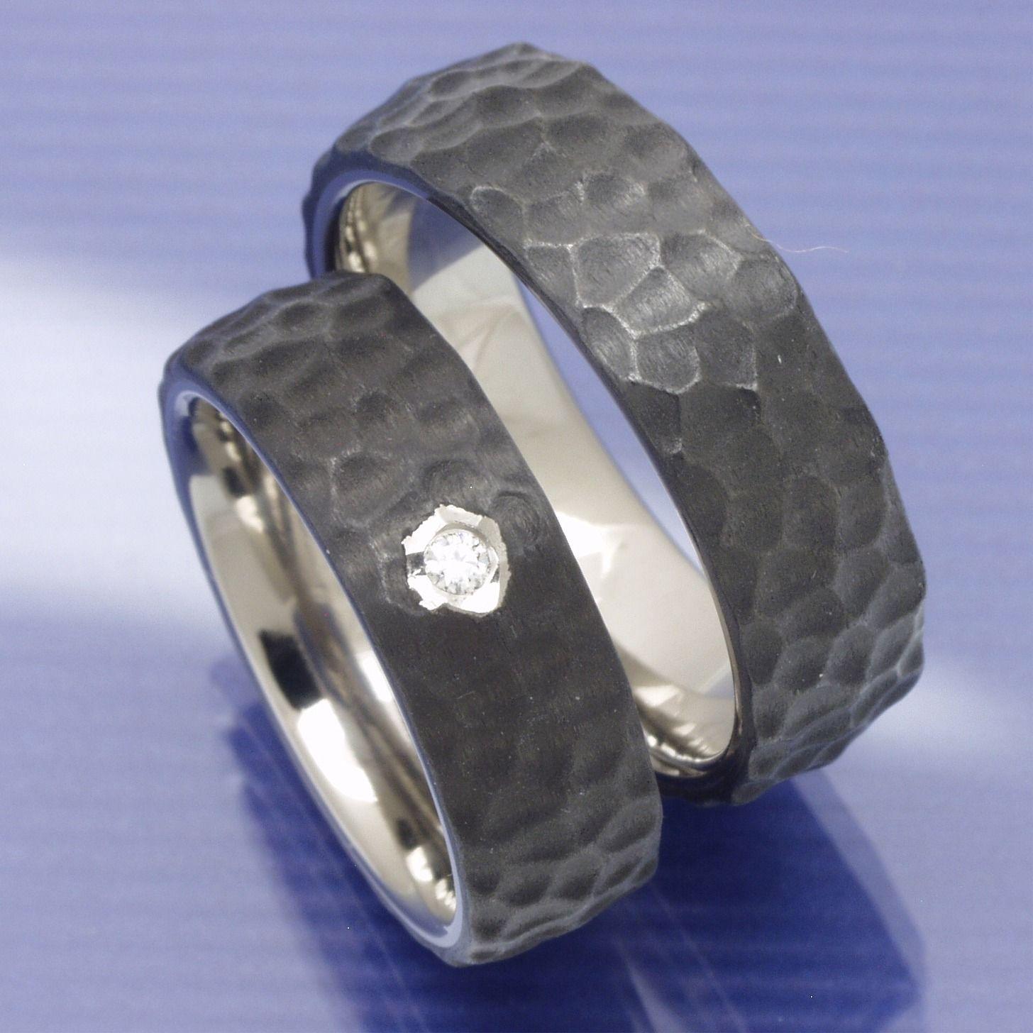 Partnerringe titan breit  Titan Carbon Trauringe P8012467 | Trauringe Titan Carbon ...