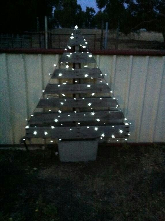Dina and Chris's pallet Xmas tree with solar lights | Crafts ...