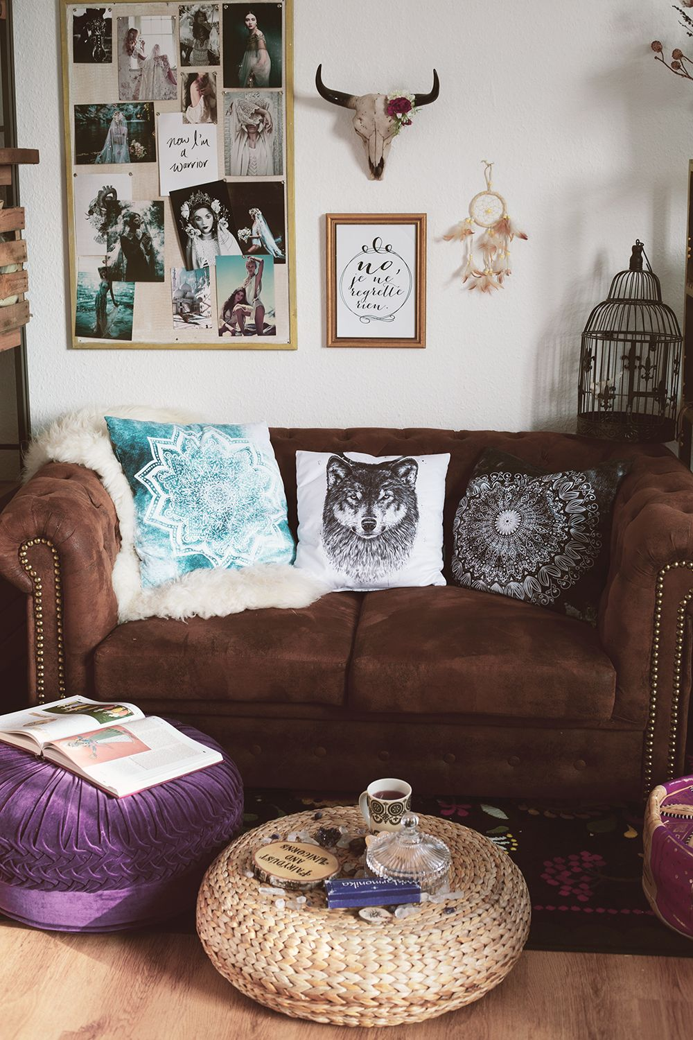 Einrichtung Wohnzimmer Türkisch Boho Living Room With Leather Couch And Pretty Pillows Where I