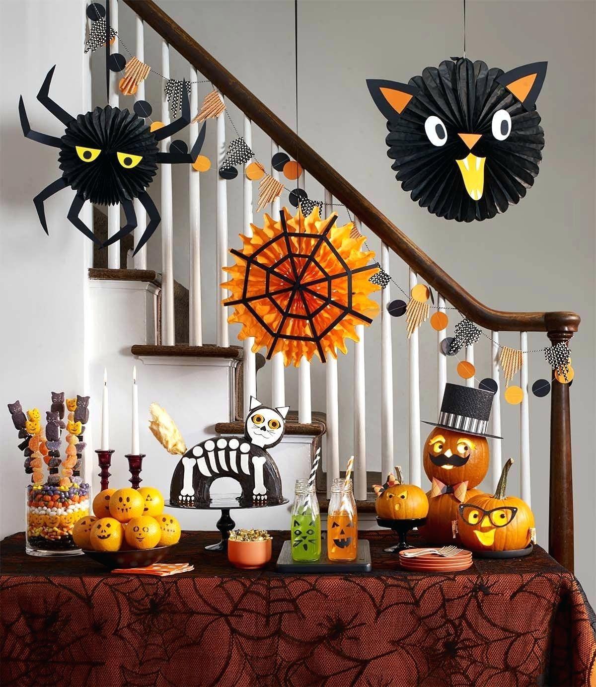 45 Diy Spider Halloween Decoration Ideas Diy Halloween Decorations Fun Diy Halloween Decorations Halloween Decorations Indoor