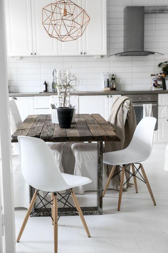 zoom sur les tables en bois massif Table en bois massif, Tables en