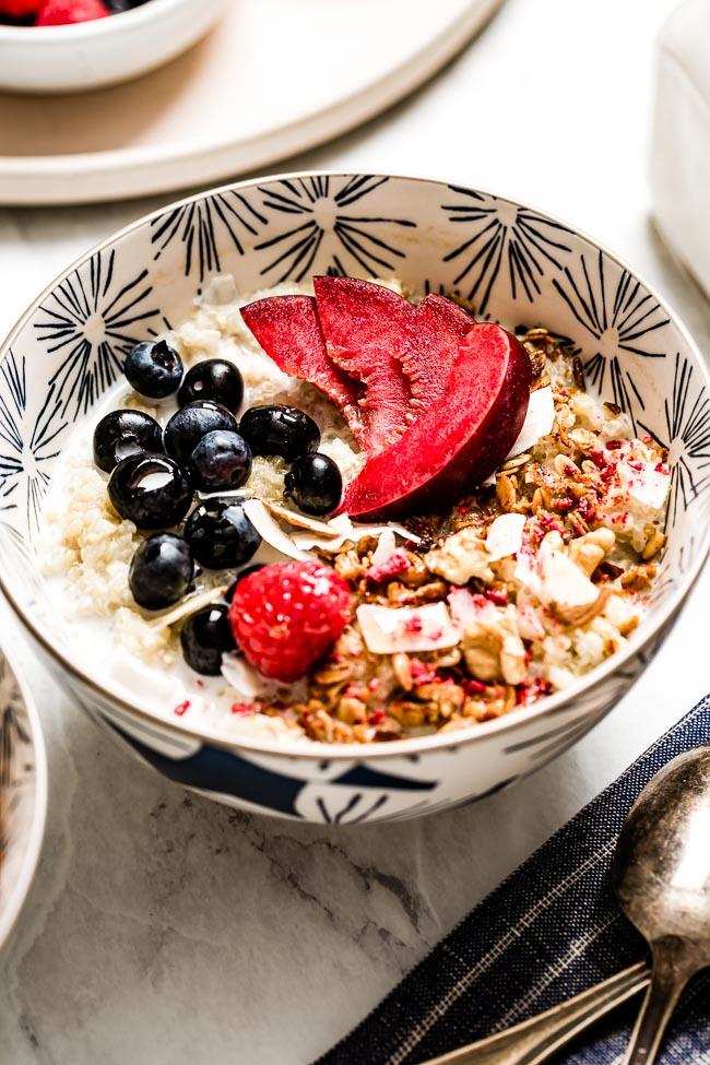 Instant Pot Quinoa Porridge Recipe In 2020 Quinoa Breakfast Bowl Breakfast Bowls Recipe Quinoa Bowl Recipe