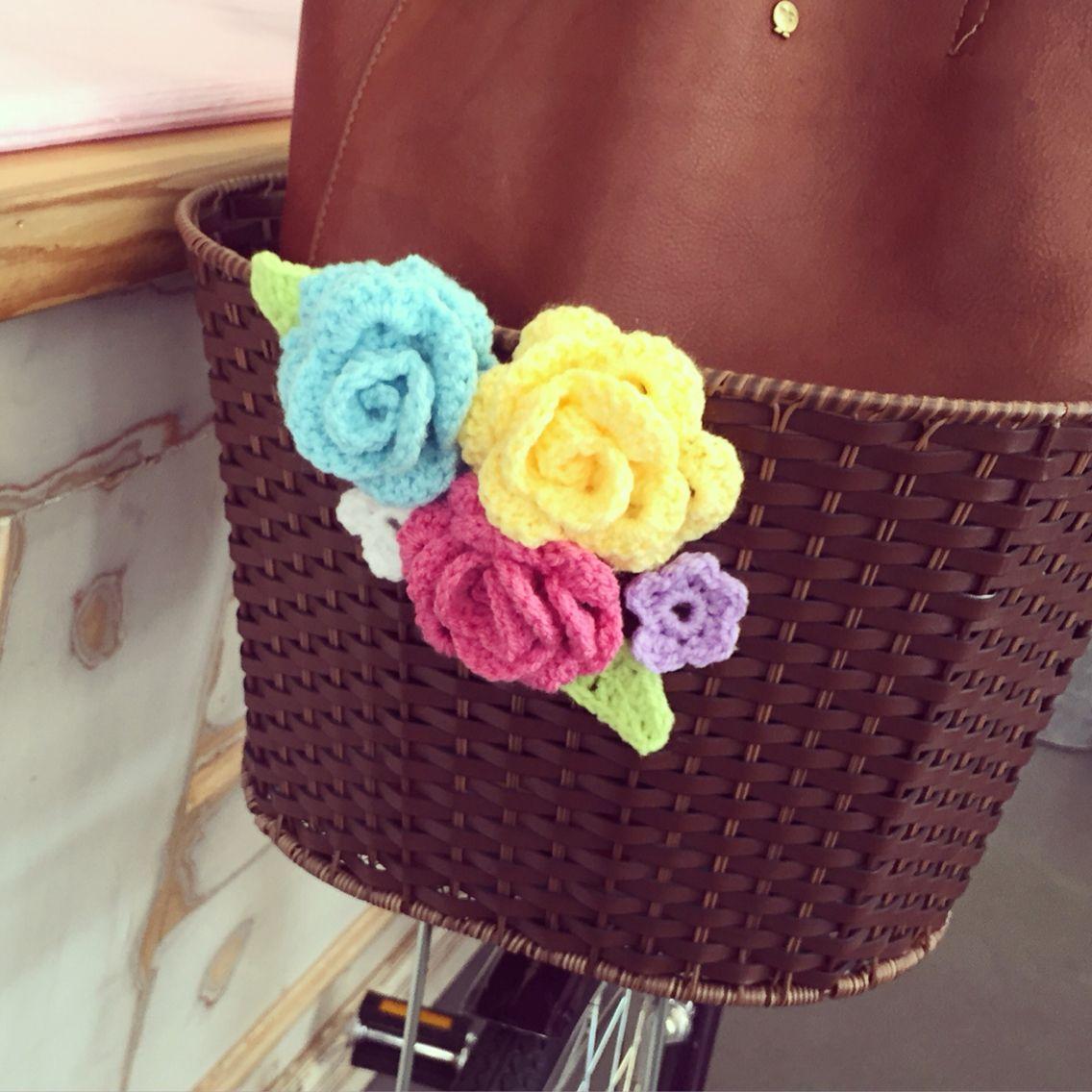 Crochet flowers bike basket | Crochet, Knitting and Yarn ...