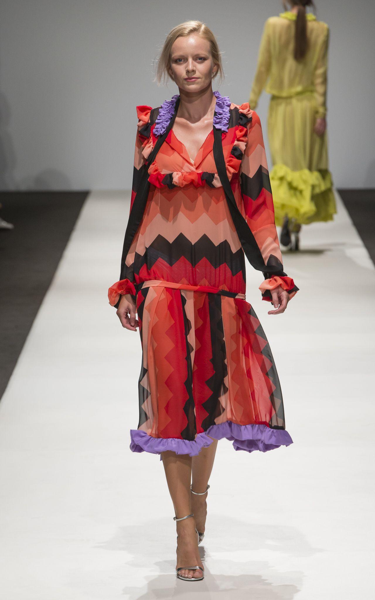 Smaranda Almasan at the MQ Vienna Fashion Week 2016