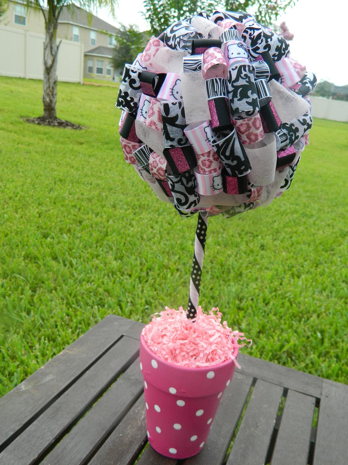 Single Hello Kitty Large Ribbon Topiary In Pink Black And