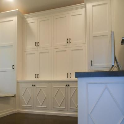 Custom Cabinets & Molding Specialist - J&M's Fine Cabinetry ...
