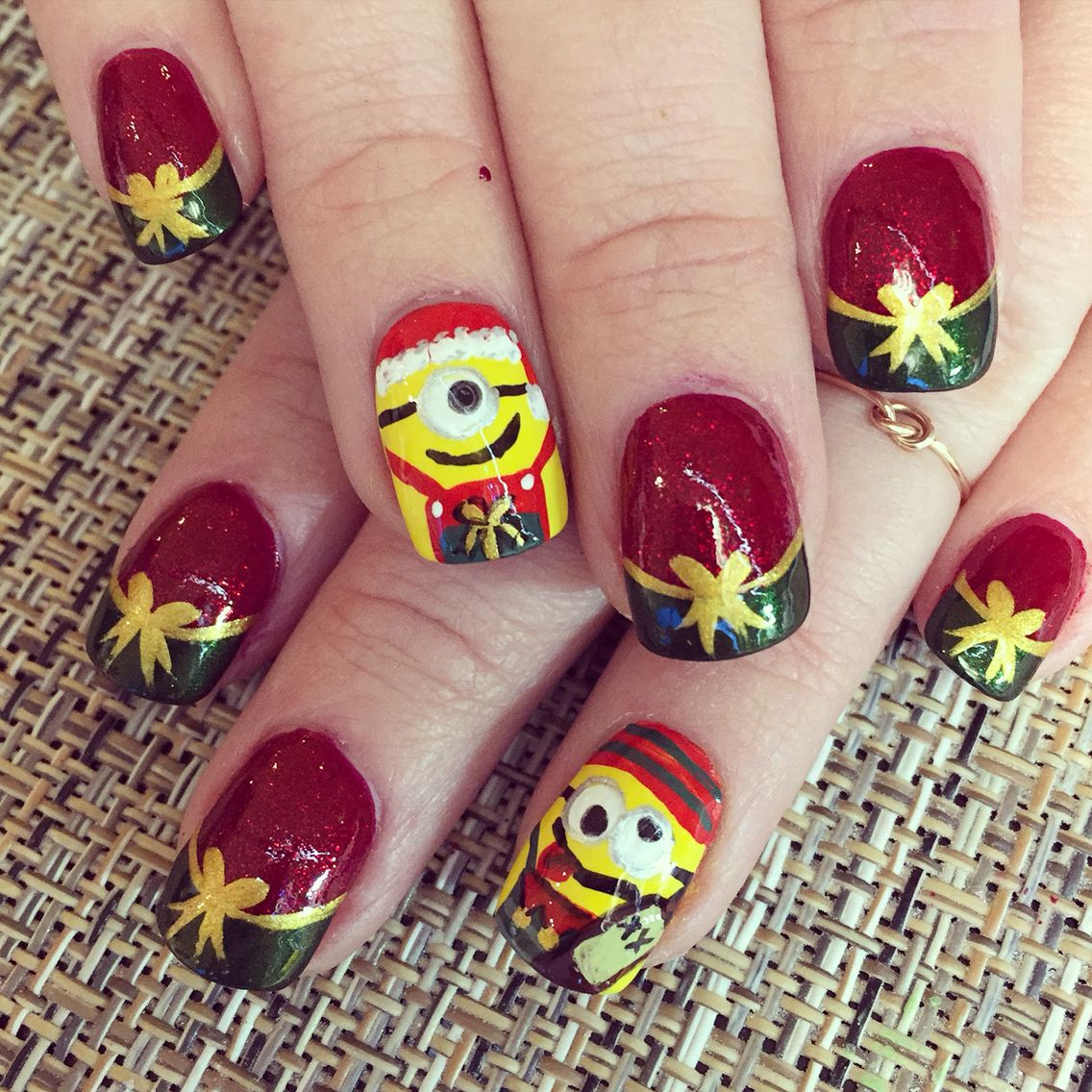 Christmas Nails Elf: Santa Minion And Drunkin Elf Minion Christmas And New