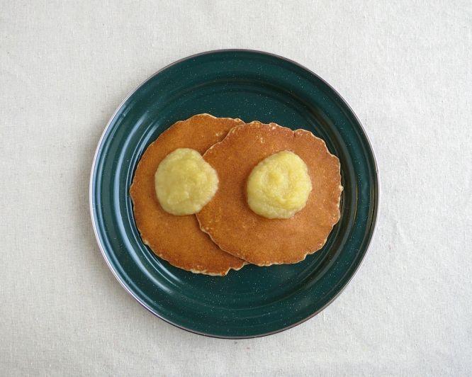 Oatmeal Cinnamon Pancakes with Applesauce (Gluten & Dairy Free)