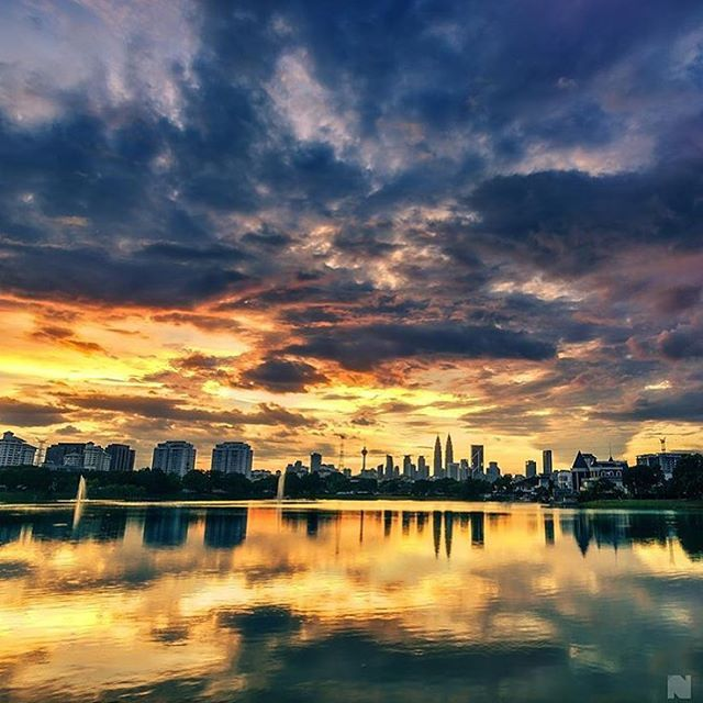 Lovely #sunset view from #Malaysia. #ItsAmazingOutThere : @_the.n