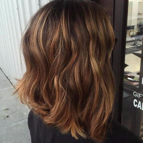 Short Bob Haircut With Caramel Highlights Hair Style Pinterest