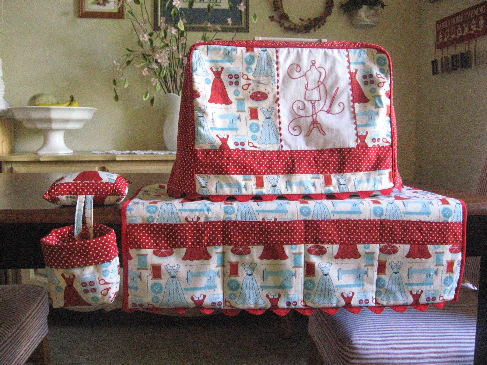 Passion Fruit Princess: A Sewing Machine Cover, Mat, Pincushion, and ...