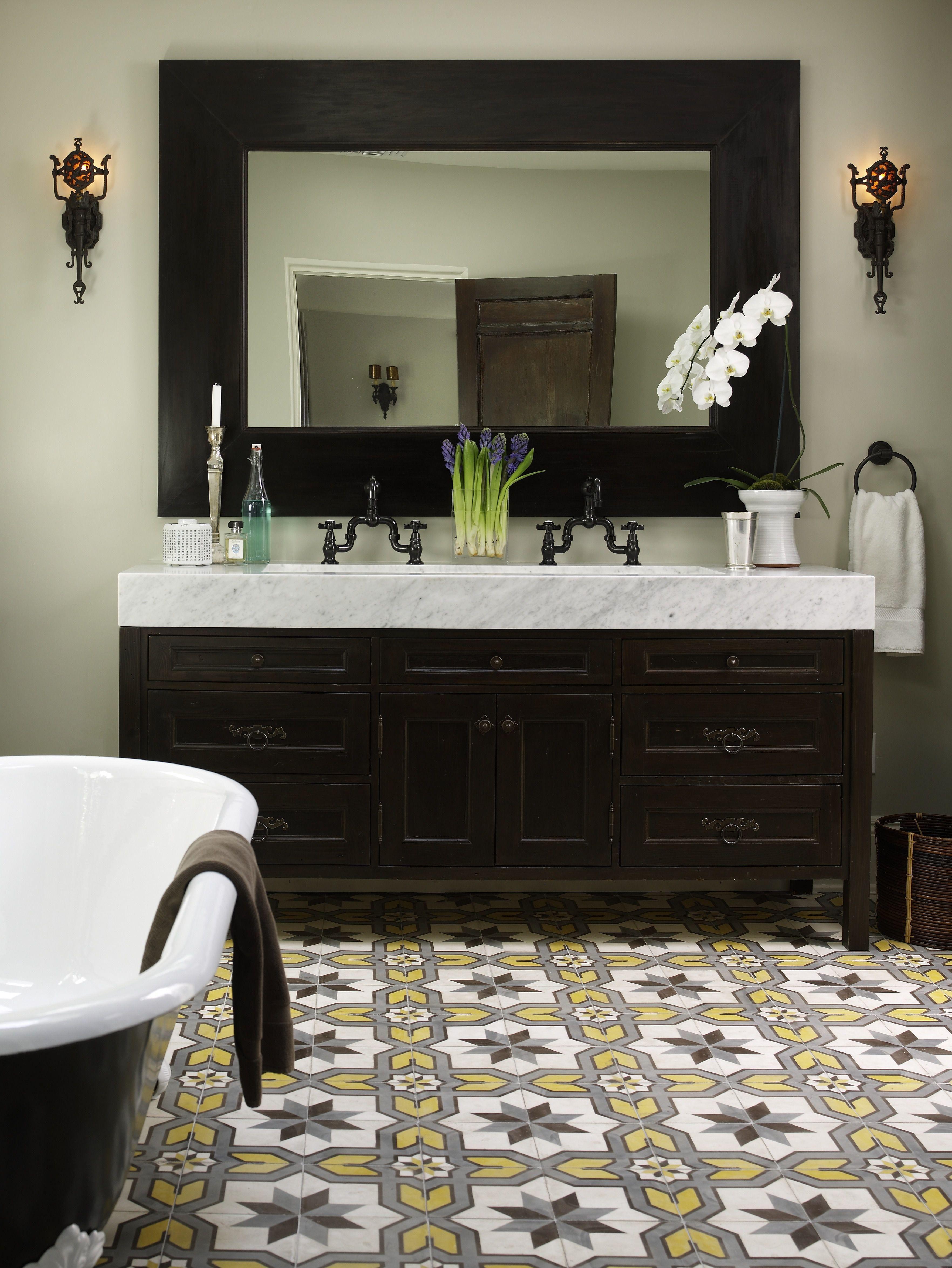 Charismatic Bathroom Tiles Design In Kerala in 2020 ...