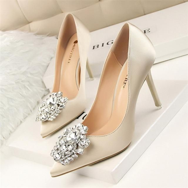 b7030519cee Product Details Pointed Toe Silk Pump 4 1 2 Inch Heel