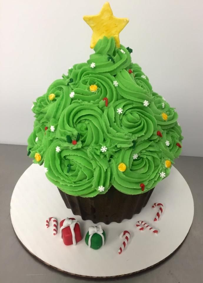 Giant Cupcake decorated as a Christmas Tree. | Christmas | Pinterest ...