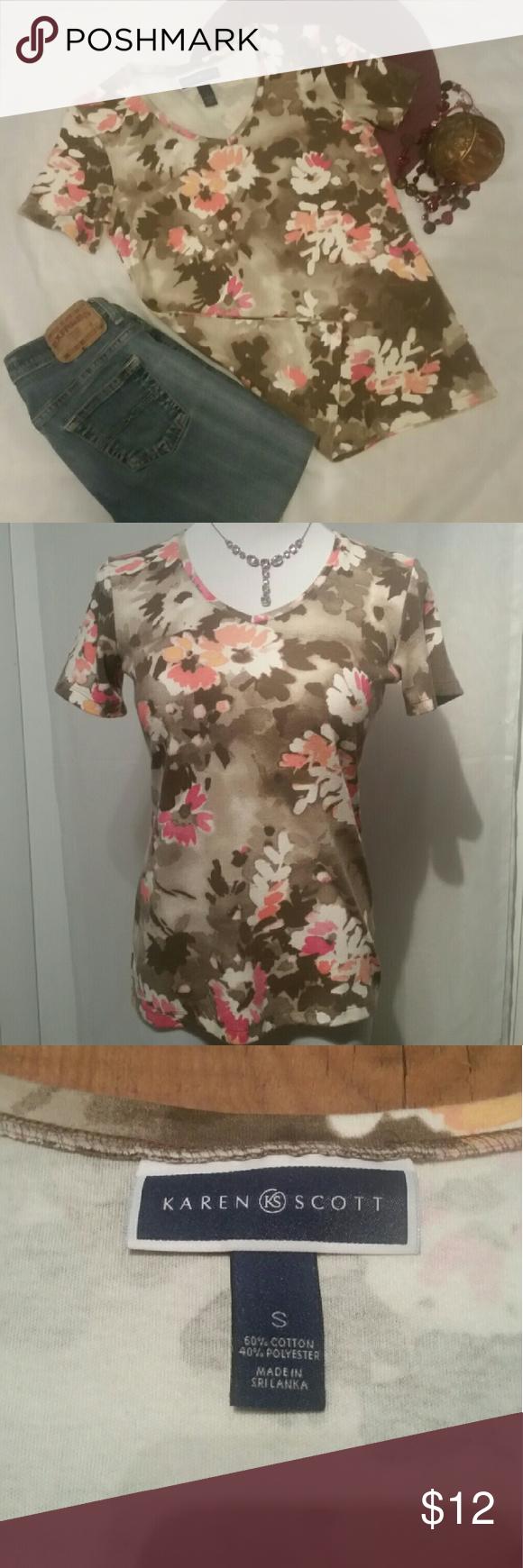 Karen Scott Floral Karen Scott floral cotton/polyester short sleeve V neck top. EUC Great for casual wear,  sturdy material. Karen Scott Tops Blouses