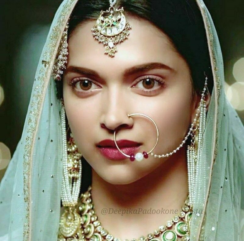 Deepika Padukone In Bajiorao Mastani Indian Jewelry Deepika Padukone Style Dipika Padukone