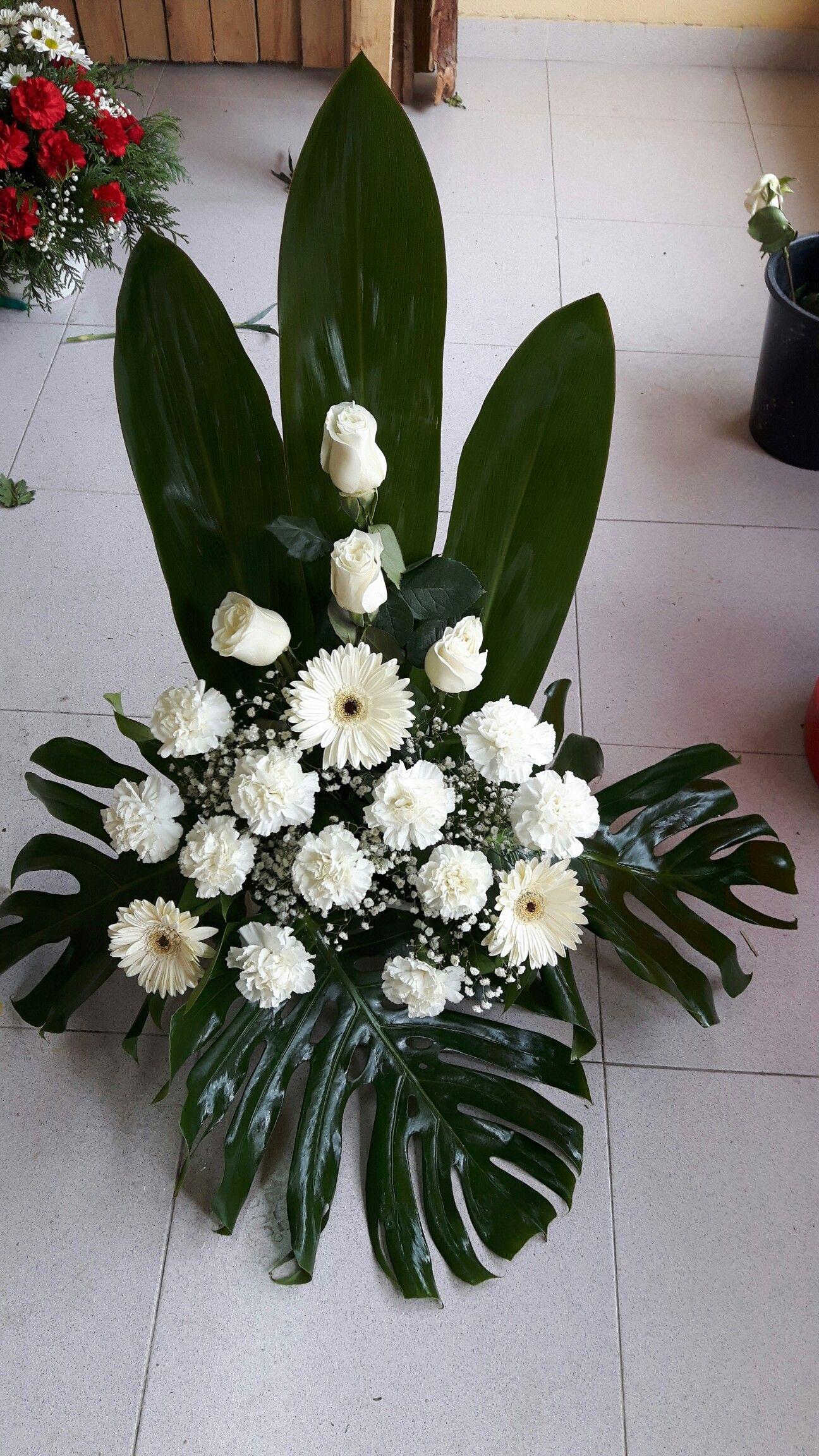 Centro En Tonos Blancos Com Imagens Arranjos Florais