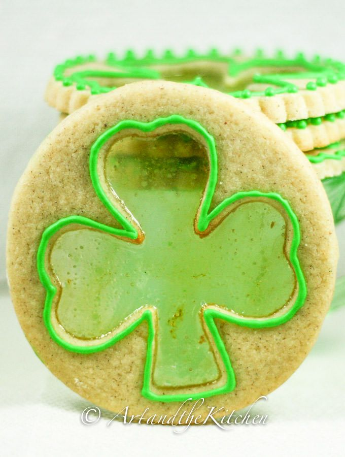 Shamrock Sugar Cookies | Art and the Kitchen