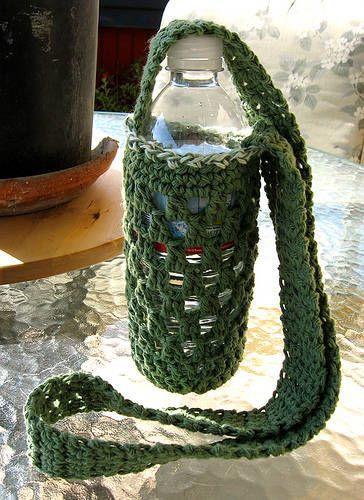 10 Popular Free Crochet Patterns for Water Bottle Holders | Bolsos ...