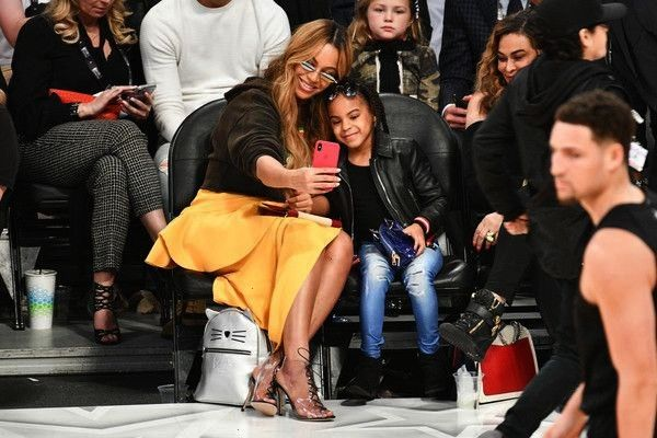 AND BLUE IVY CARTER ATTEND NBA ALLSTAR GAME 2018  BEYONCE AND BLUE IVY CARTER ATTEND NBA ALLSTAR GAME 2018   Me and goodie when she get older love this No to ten reakcje...