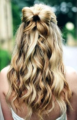 Bride's half up long down curls hair bow wedding hair ideas Toni Kami Wedding Hairstyles ♥❸ Bridesmaids prom hair by Divonsir Borges