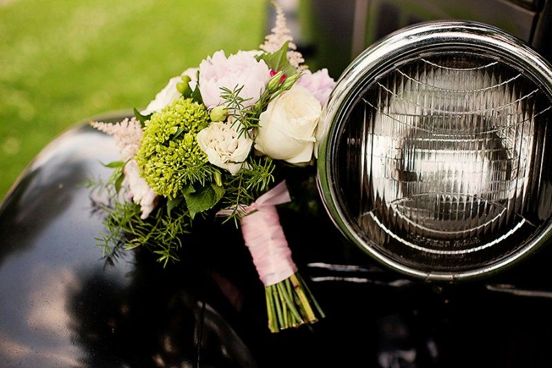 Wedding Bouquet Old Car