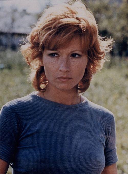 Marlène Jobert In Nous Ne Vieillirons Pas Ilovemovies Beautiful Freckles I Love Redheads Freckles