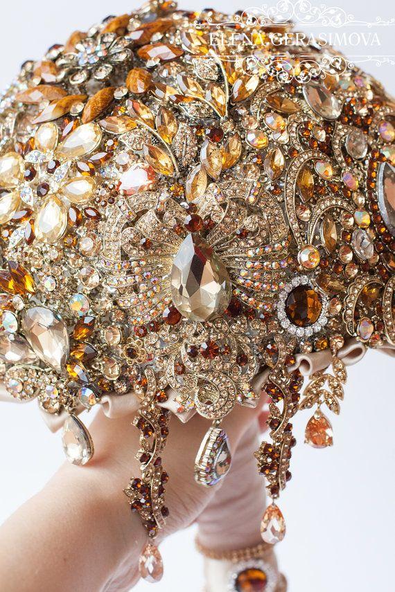 SALE Brooch Bouquet. GOLD crystal Bouquet Unique by