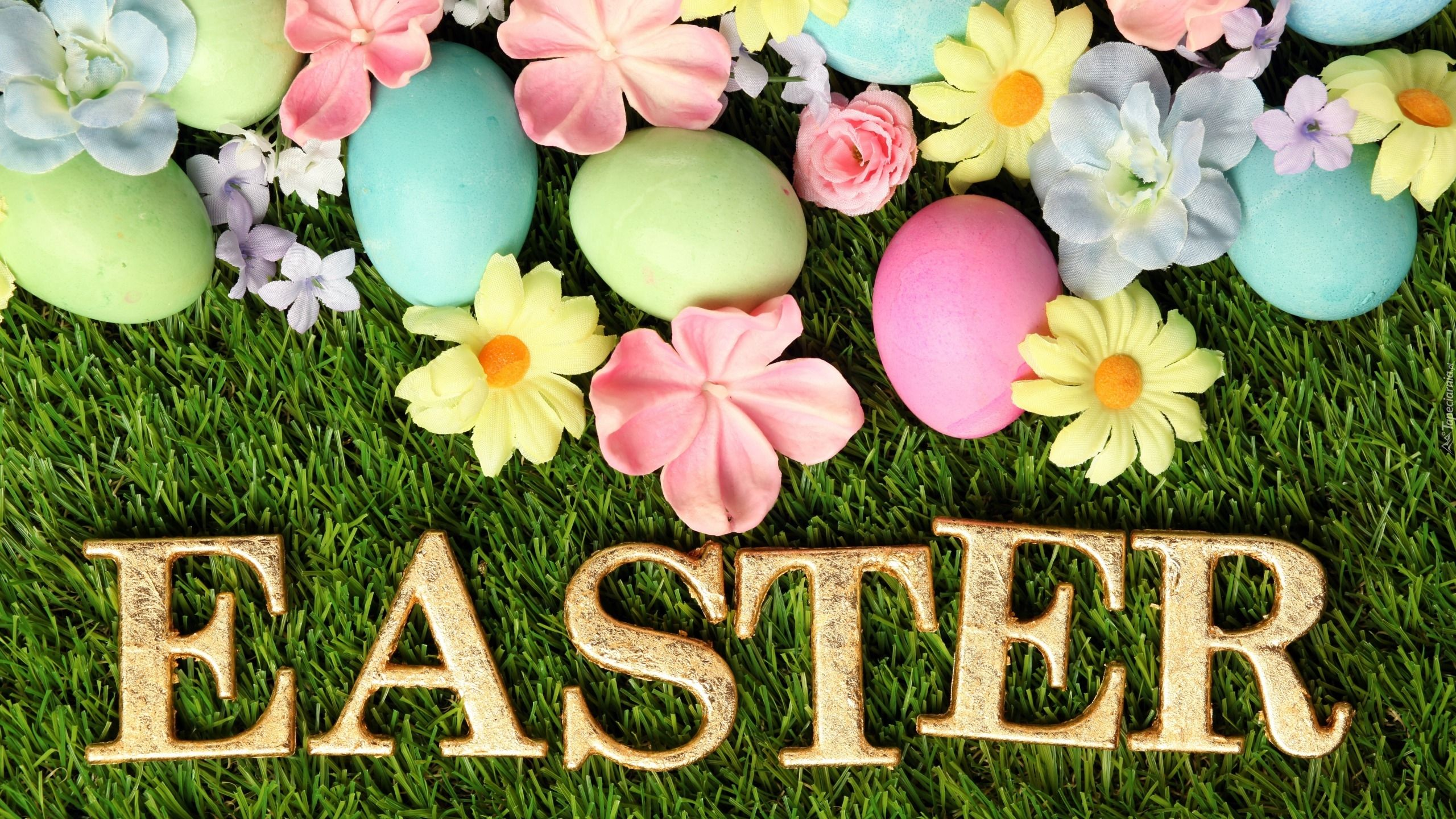 Wielkanoc Trawa Kwiaty Pisanki Napis Zlote Litery Easter Easter Backgrounds Easter Wallpaper Easter Pictures