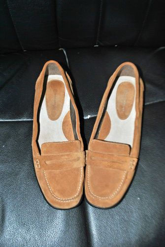 LN WOMEN'S ROCKPORT SUEDE 8 M PENNY LOAFER SHOES Tan Brushed Leather Flats