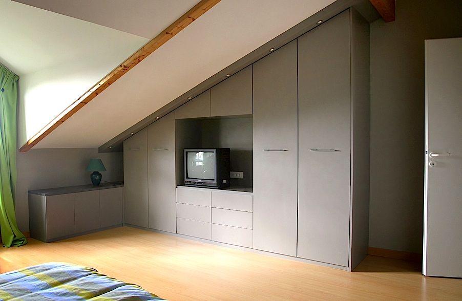 Top Idee de dressing sous pente pour la chambre sans la télé #705  VK36