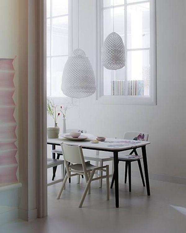 Zen-Like Interior Design With Feminine Details ~ Home Design