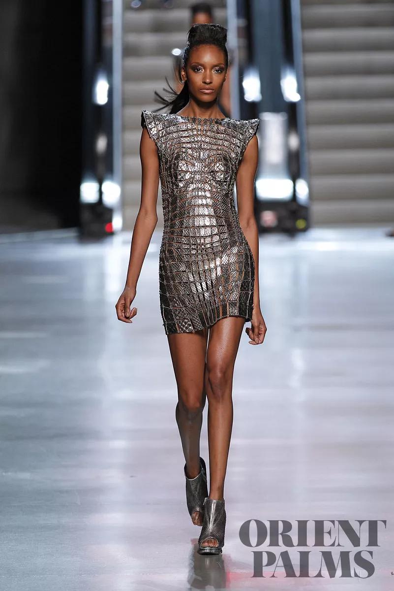 Pin by Sp on Ana   Bodycon dress, Fashion, Paris fashion week