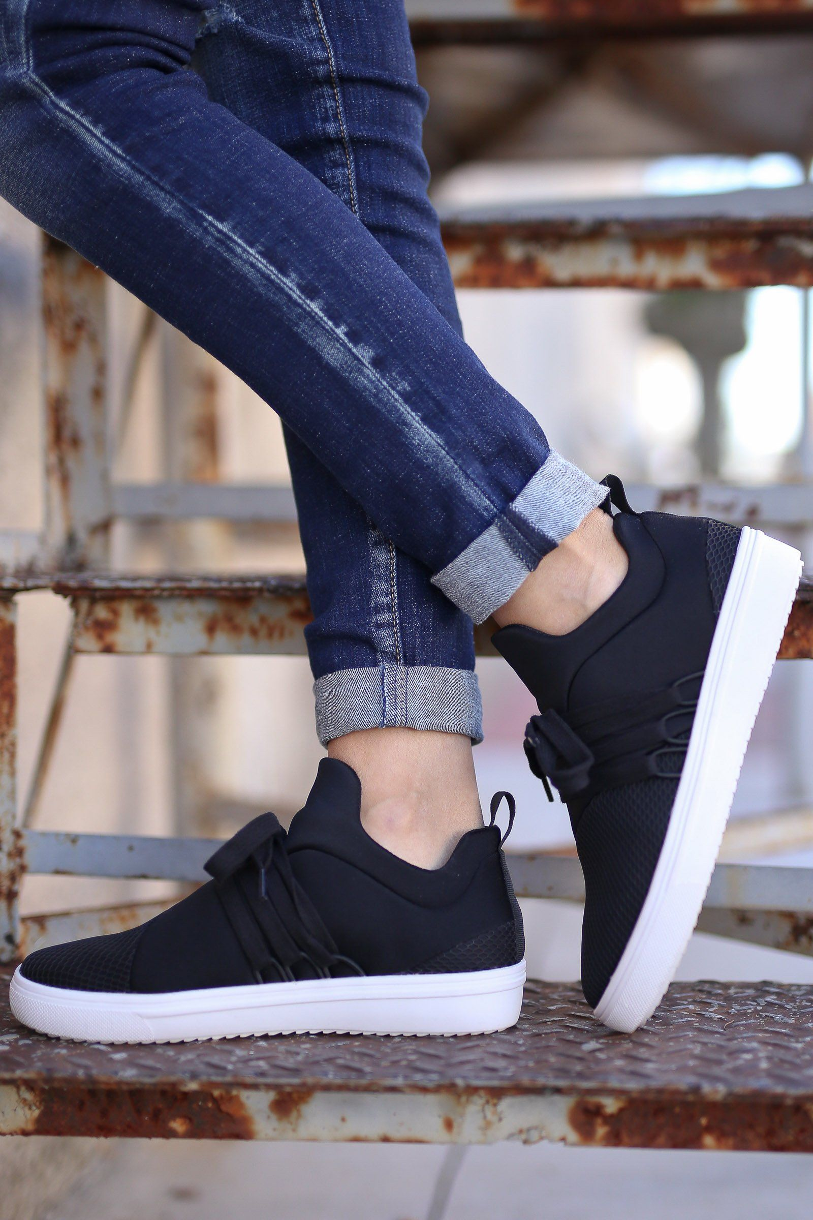 STEVE MADDEN Lancer Sneakers - Black in 2019  d0e95179ef2