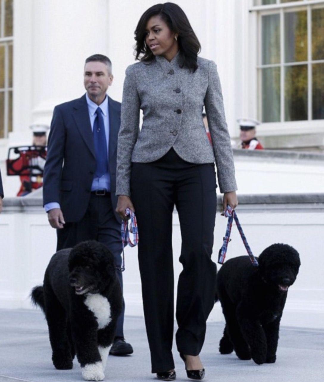 Pin by Adriana Mckenzi on Men's | Michelle obama fashion, Michelle