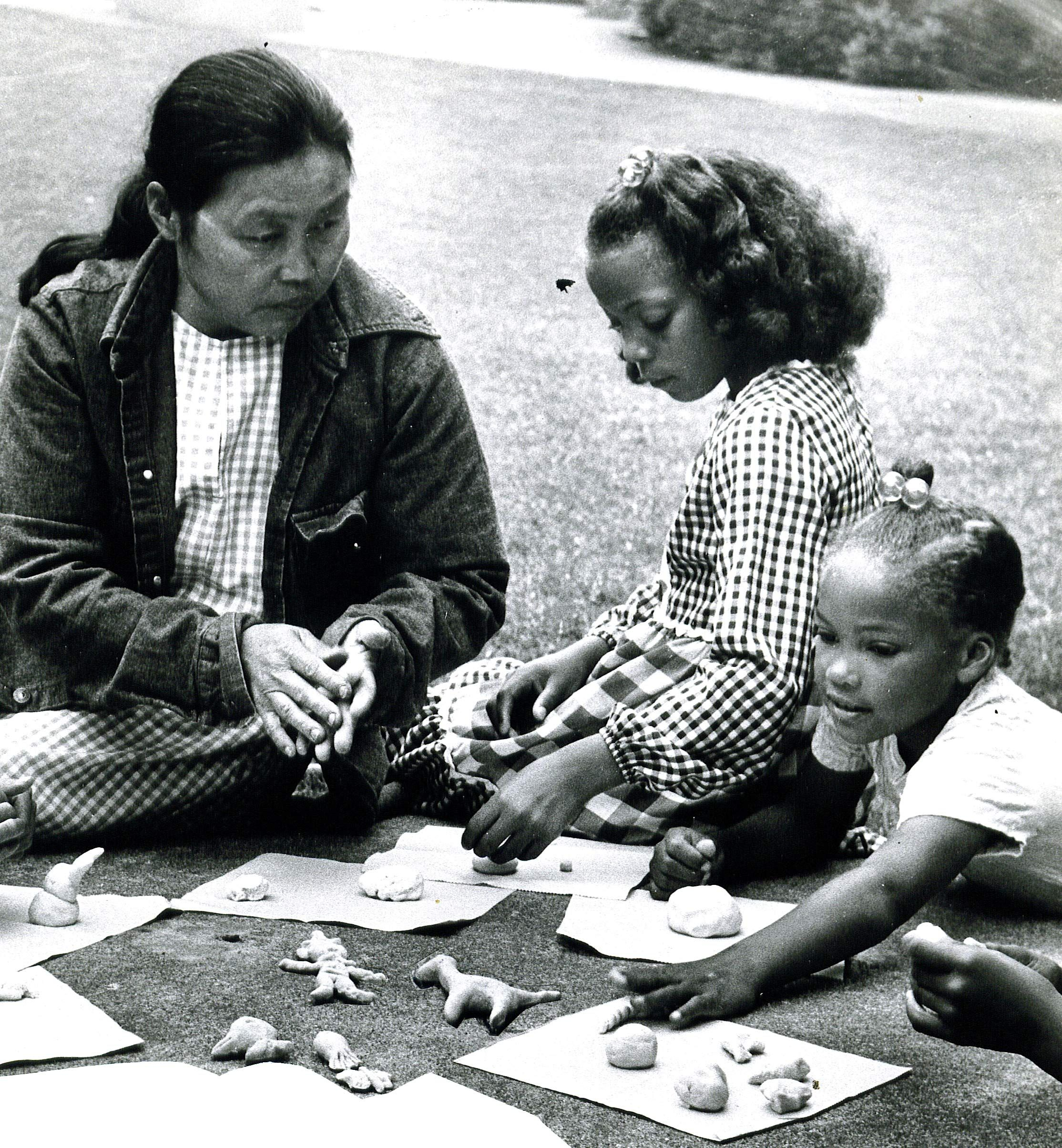 RIP Local sculptor Ruth Asawa, pictured here leading a special children's art project in 1975 to commemorate Children's Fairyland 25th anniversary.